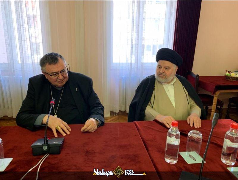 Ayatollah Sistani's envoy meets with top Bosnian Catholic priest
