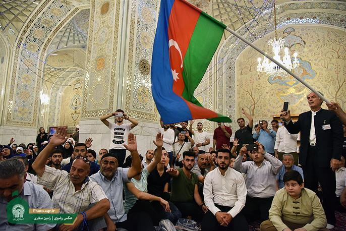 2000 Azeri pilgrims visited Imam Reza (A.S) holy shrine