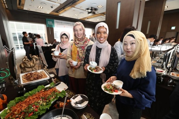 South Korea To Hold 4th Halal Restaurant Week Event With The Aim Of Increasing Muslim Tourists International Shia News Agency